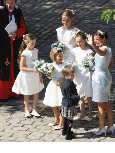 Zara Phillips Flower Girl Dresses 94