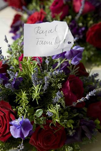 royal-barge-flowers