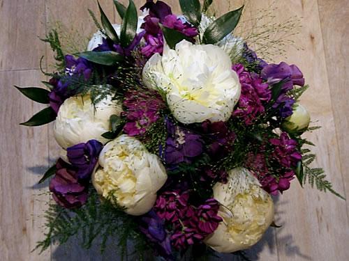 sweet-pea-peony-stock-delphinium-bouquet