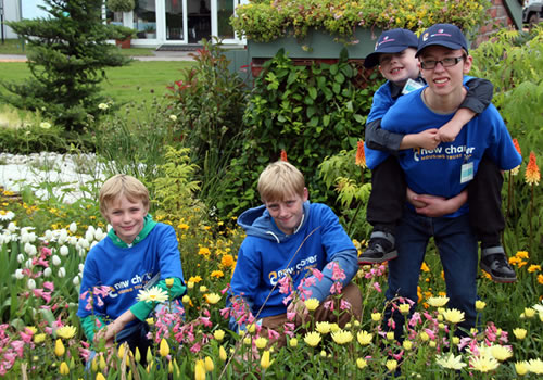 budding-gardeners-from-dream-scheme-tatton-park