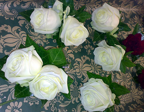 rose-buttonholes