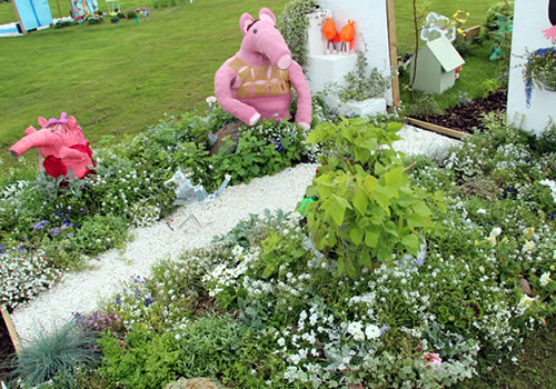 the-clangers-by-springfield-school-tatton-flower-show